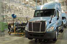 Daimler's Daum: Fuel efficiency is priority