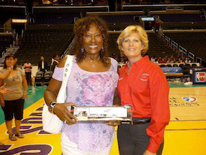 WNBA star and her mother, a former trucker, recognized by industry organization