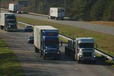 Spot freight index in July increases