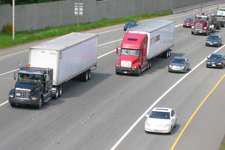 FTR trucking index stays positive
