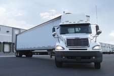 Spot market freight index gains in October