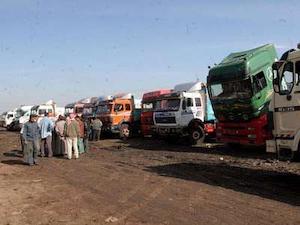 International ocean carriers, truckers, navigate trouble in Egypt