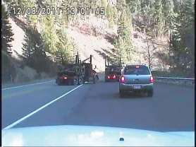 Log truck drivers to the rescue in Oregon