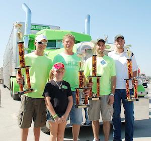 Awesome bull hauler: An Iowa Pete truck show winner