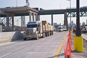 Michigan opens bridge for border crossings