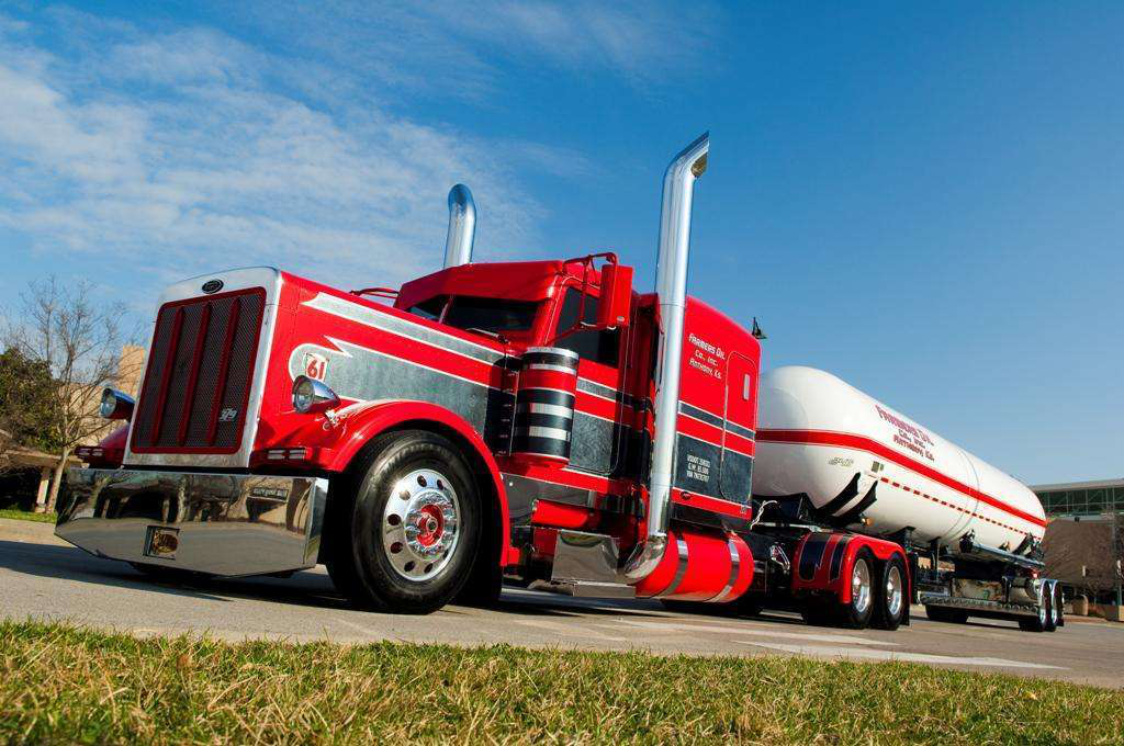Bucket List Jeremy Graves 2007 Peterbilt 379 Legacy