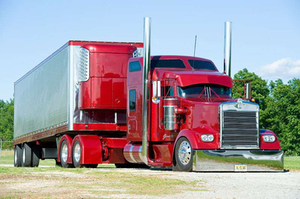 Fischkelta's Project 351 Kenworth we profiled in this piece from TKTK. Further pictures of it can be found via this post on the Channel 19.