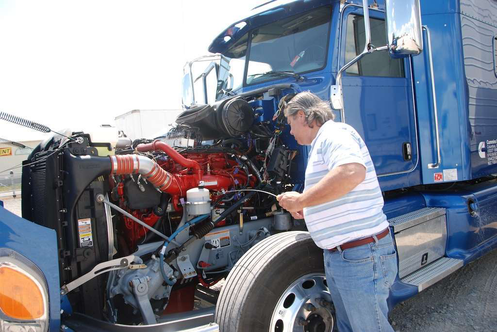 Engine innovation: Cummins ISX15