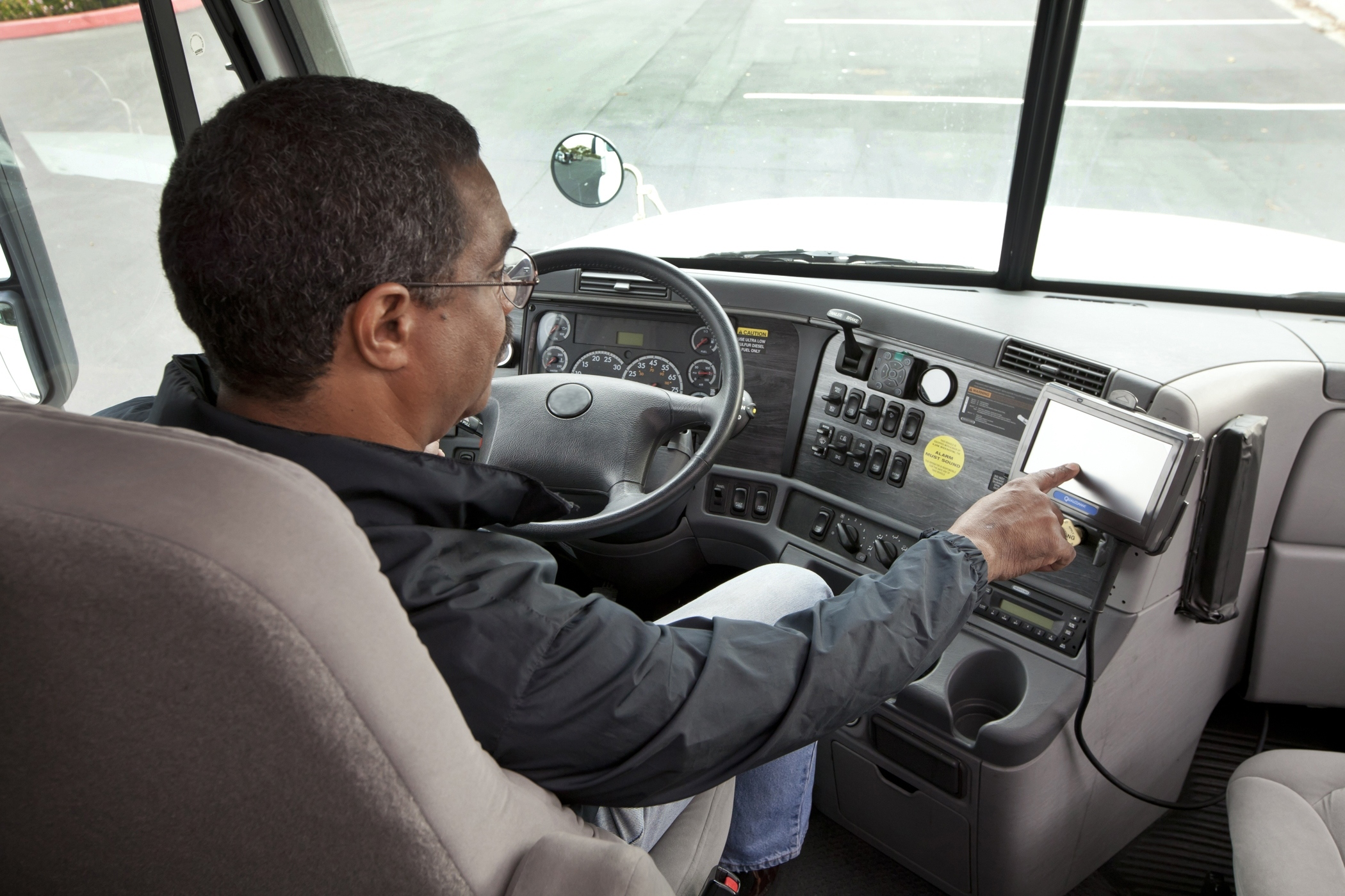 Landstar Moving Toward Electronic Logs
