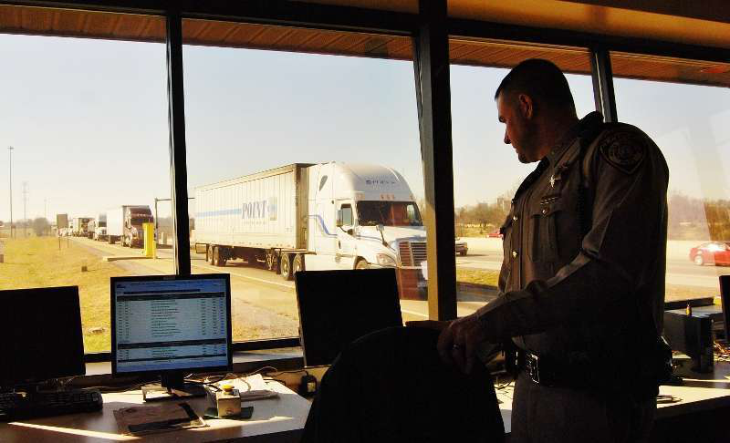 Driver screening -- KY inspection station photo