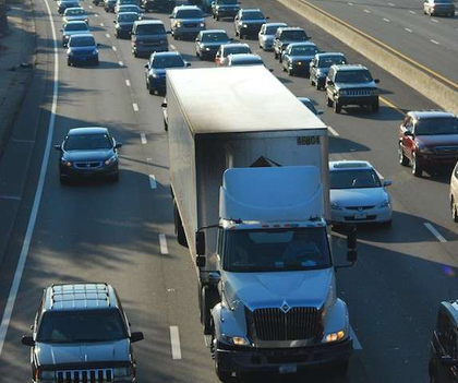 Traffic congestion soars in 2013 coinciding with economic growth, report says