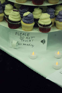 Cupcakes were served after the wedding.