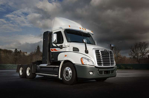 Freightliner's Cascadia 113 natural gas daycab is outfitted with a 12-liter Cummins ISX12 engine and can run on either CNG or LNG.