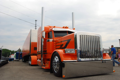 Midwest by Southeast: Trucks, scenes from Tennessee