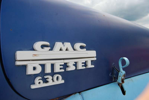 Detail: Bill Blankenship's 1953 GMC 630 tractor