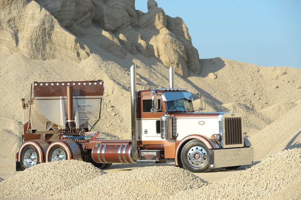 Cartoon Semi Trucks furthermore Sale 6131358 Carbon Steel Hydraulic Dump Truck Trailer Sand Stone Coal Dump End Trailer besides Minimum designs truck bus turns besides Fargo in addition Mack Suspensions. on end dump semi trailer truck