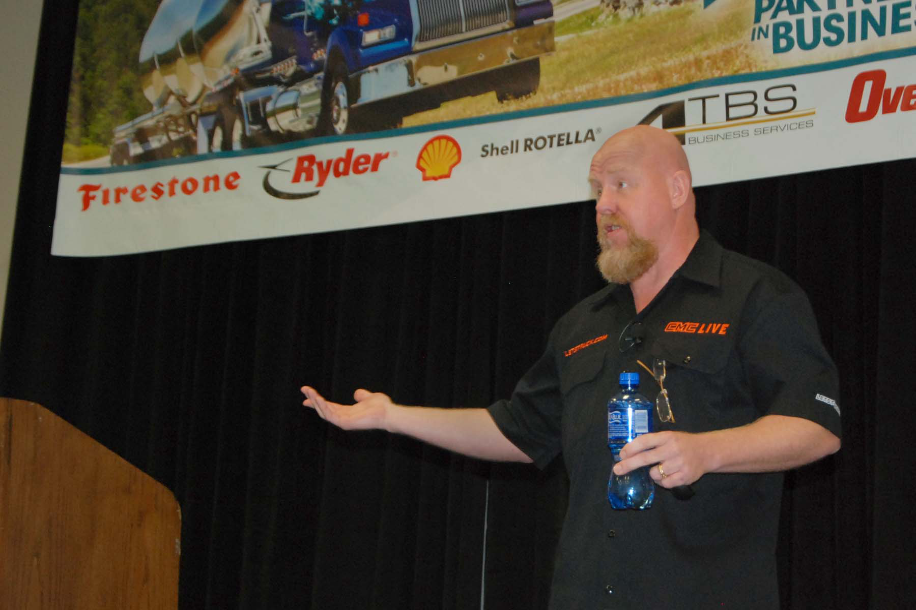 Kevin Rutherford speaks at Overdrive's Partners in Business seminar.