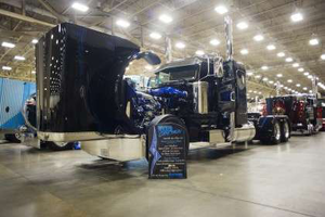 2013 GATS Best of Show, Limited-Mileage Bobtail: Shawn Gibson's 2013 Pete 389