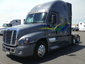 Nevarez hauls today in this 2014 Freightliner Cascadia Evolution, part of the Team Run Smart real-world test-drive program.