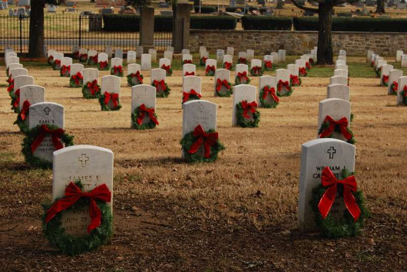 Wreaths at Nashville National Cemetery