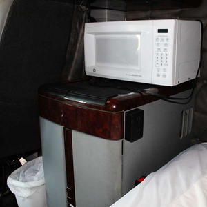 Microwave in George and Wendy Parker's Freightliner