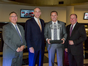Peterbilt 2014 Dealer of the Year real