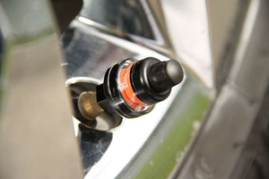 Funding complete for new valve-stem cap with visual pressure indicator