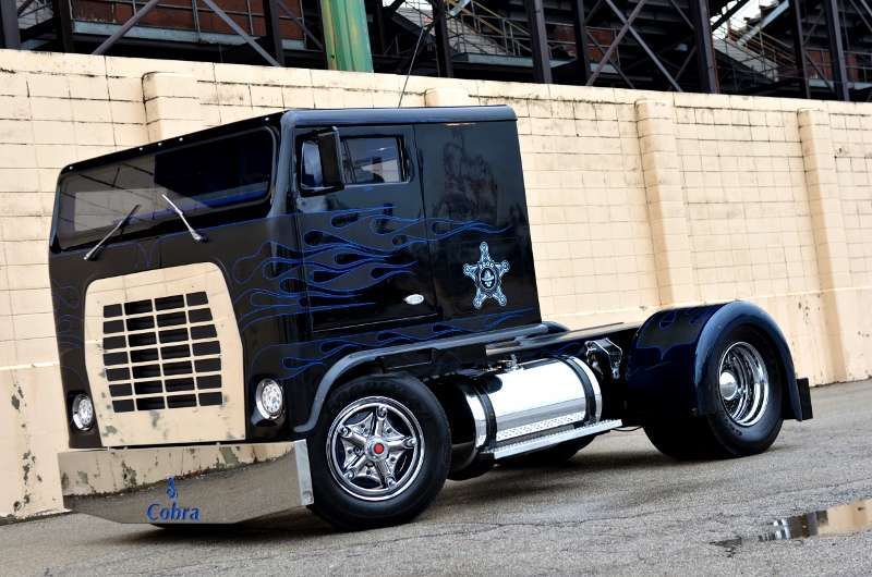Custom Single Axle Trucks : Low patrol ford w robb mariani s white whale