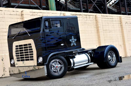 1974 'Low Patrol' Ford W9000: Robb Mariani's white whale