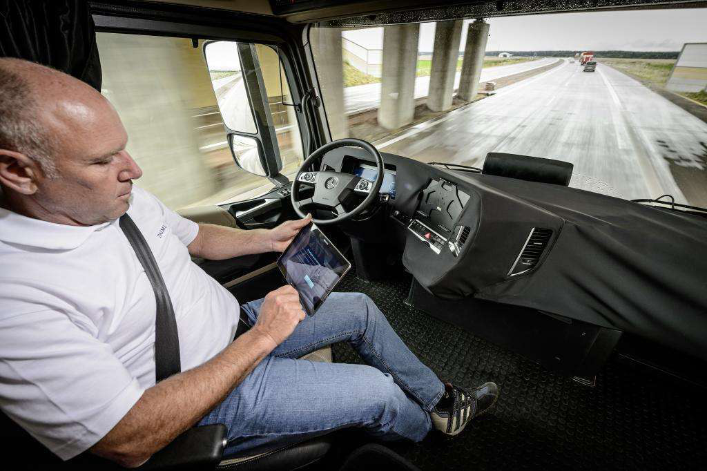 Trucking's future looks great — for those who can adapt