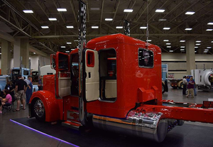Bowers' 2005 Peterbilt 379 and'09 Reitnouer spread-axle flatbed bagged second in his 2005 and older Work Combo class at the Pride & Polish event at Fitzgerald Glider Kits in Crossville, Tenn., this past July. Bowers spec'd the Reitnouer with a Vango curtainside kit by Merlot and a forward lift axle -- one of his somewhat regular runs, loaded with pipe and bound from Tennessee to Iowa, weighs such that he can run that axle up the entire way -- well preserving his tires.