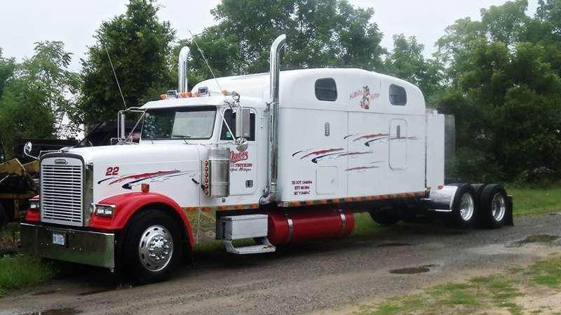 Freightliner Classic Car Hauler