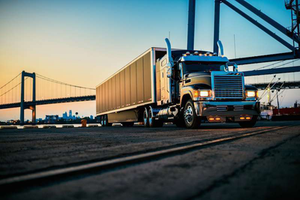 Mack announces incentives for OOIDA members
