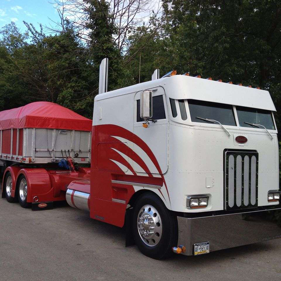 Peterbilt Cabovers - Chris Cooper Shared This Shot Of A Custom Rig He Says A Friend Of Mine - Peterbilt Cabovers