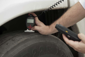 Changing tires the old-fashioned way: 'A Trucker's Tale,' part 3