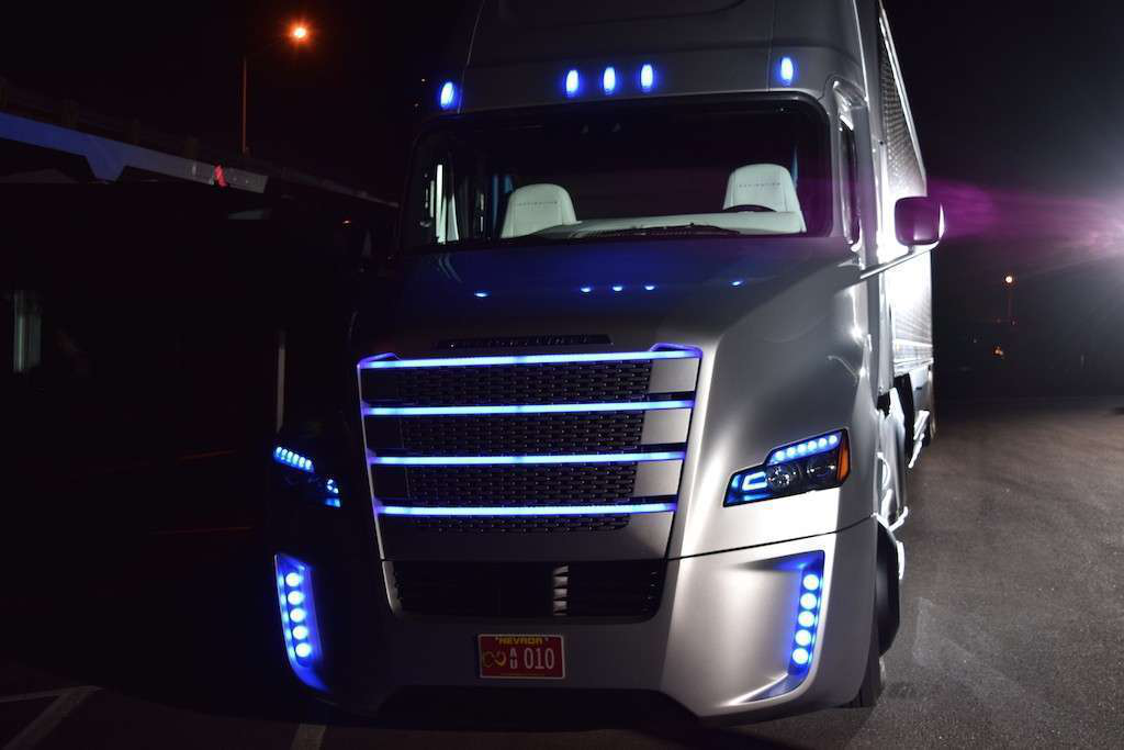 Photos, video: Freightliner's introduction of U.S.' first autonomous truck
