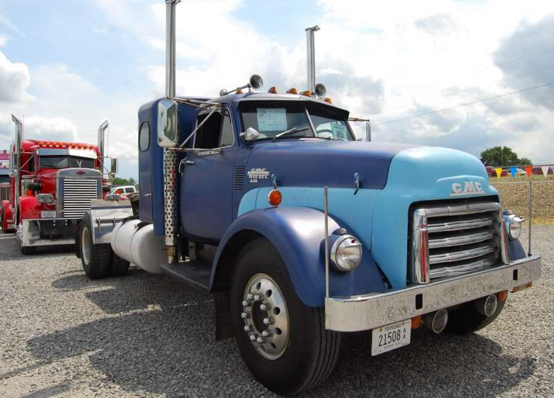 Antique Gmc Tractors : Learning to become a truck driver — and cuss like one