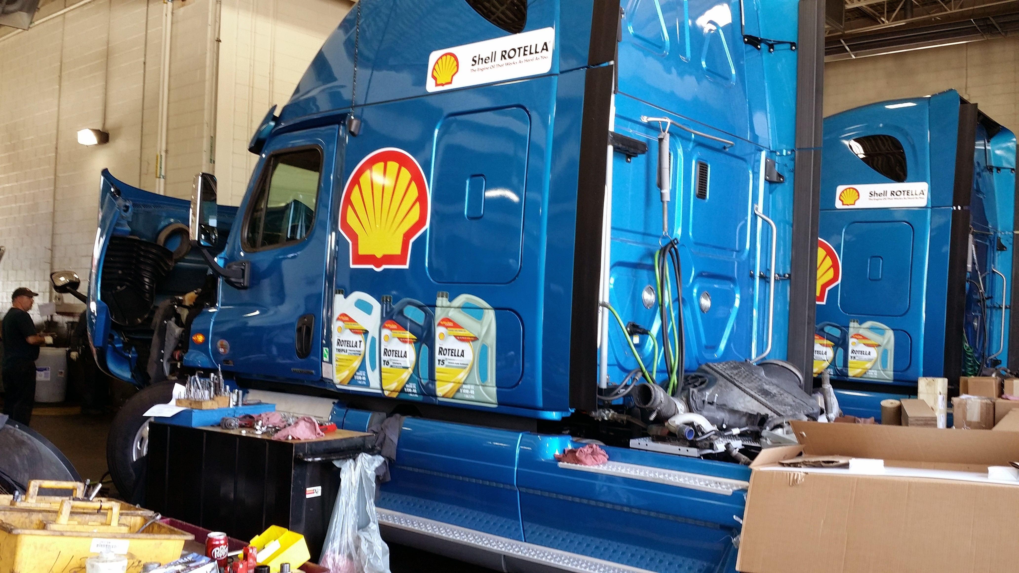 Shell Rotella: Modern oils extend drain intervals, now
