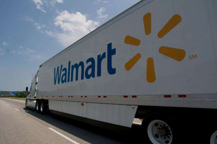 Walmart, seeking next move in driver pay case, says 90% of drivers make $80k or more