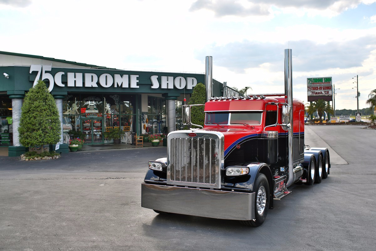 Perennial Pride & Polish show truck competitors Doug Jameson and James Williams picked up the Best of Show, Limited-Mileage Bobtail nod in April at the 75 Chrome Shop Pride & Polish show with their 2015 Peterbilt 389, qualifying the rig to compete in the National Championship next month.
