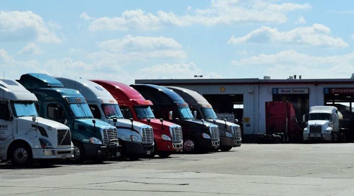 truck-stop-parking-service-shop