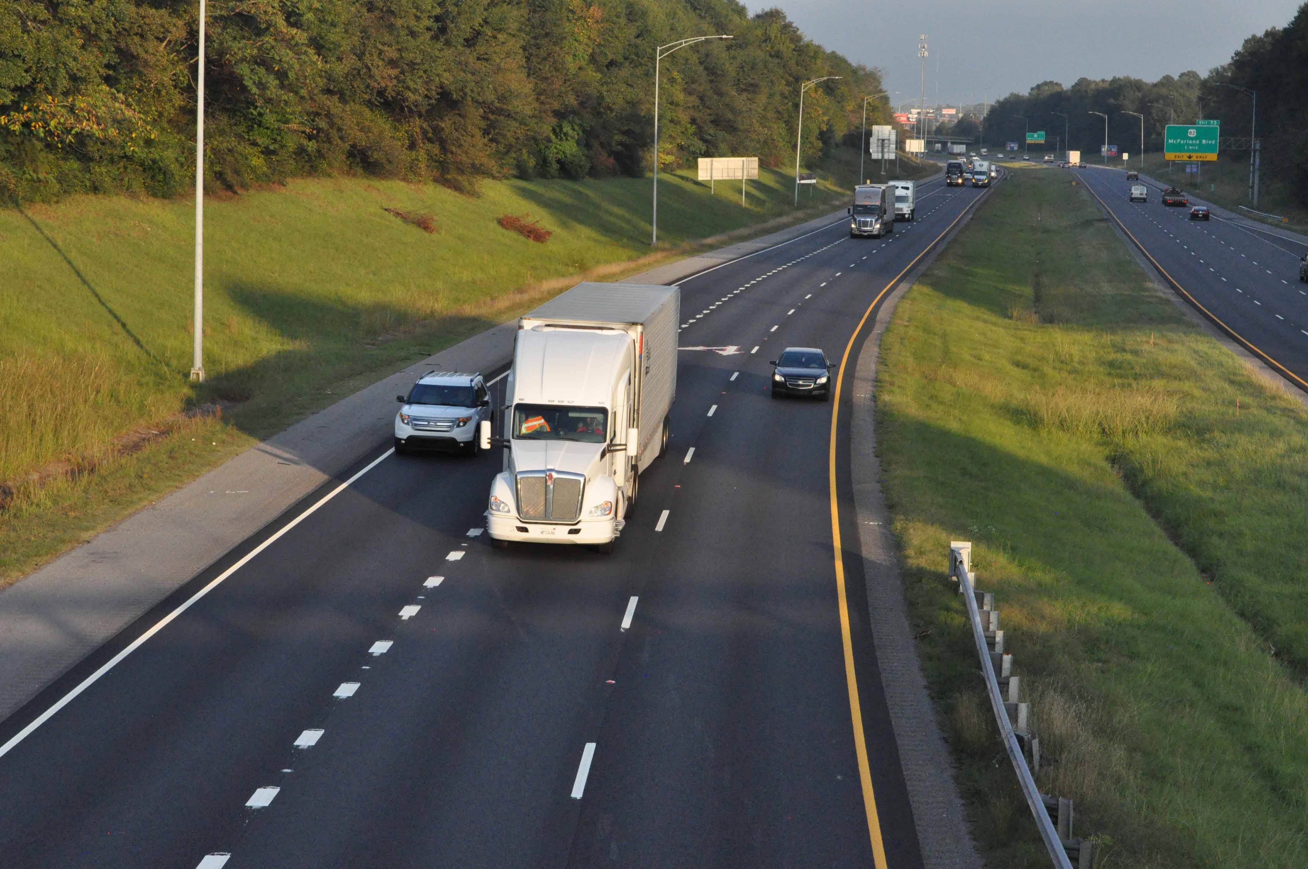 Truck-involved fatality rate falling steadily, ATA says