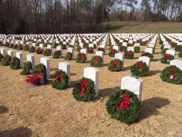 Trucking industry helps make Wreaths Across America a success