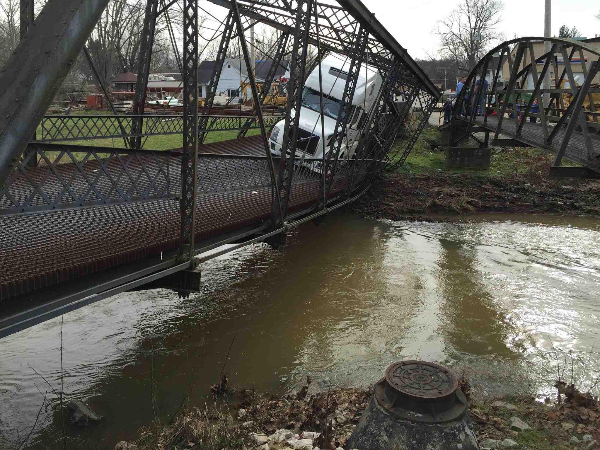 Trucker destroys historic bridge, cites ignorance of ton conversion weight