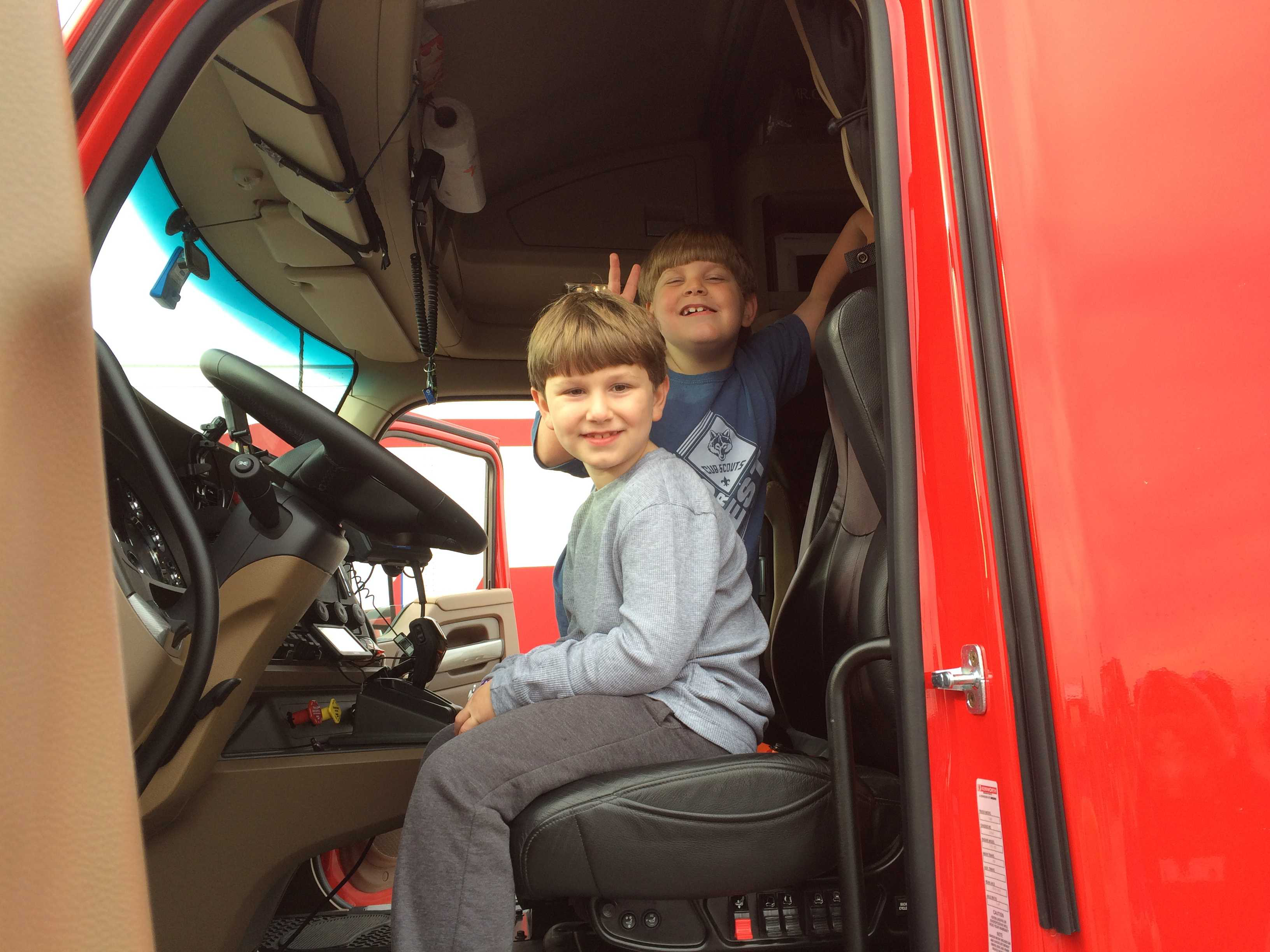 Trucker Buddy promotes industry at Boy Scouts event