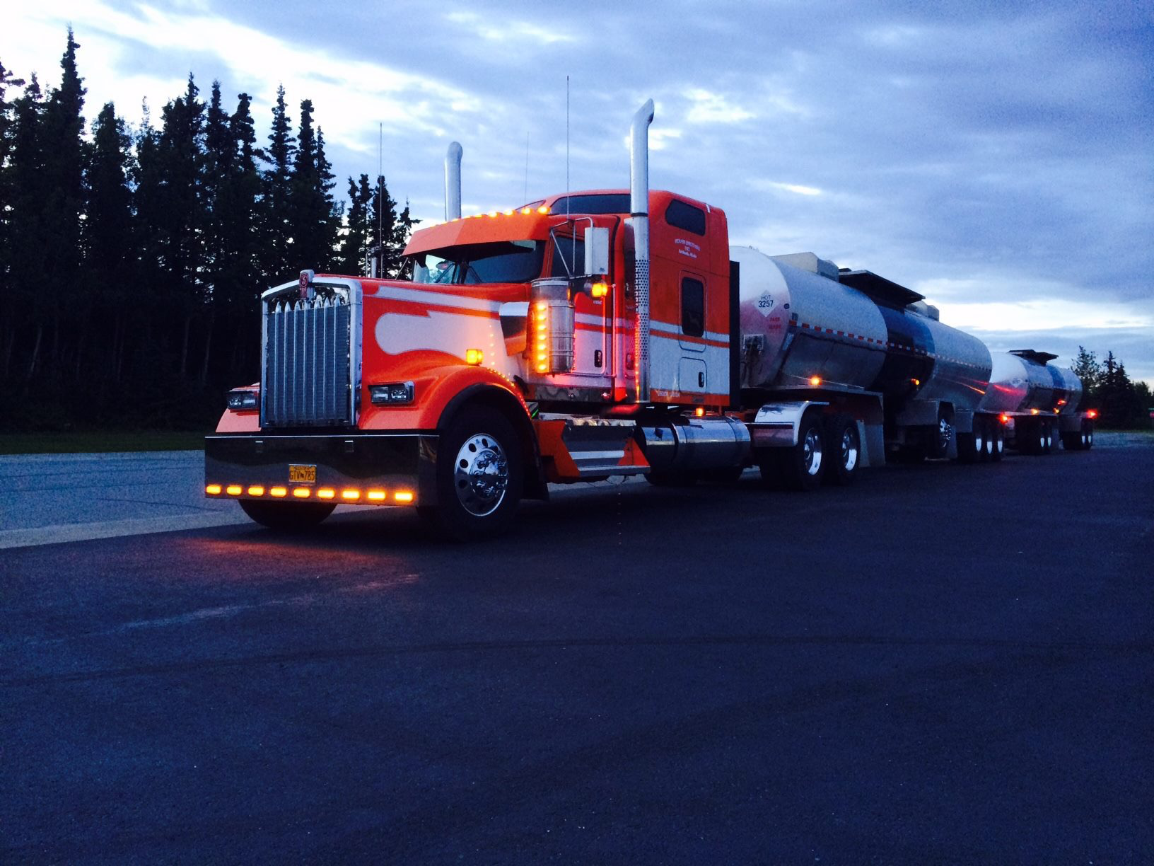 Hotspot Inc.'s 2015 Kenworth and tandem tankers