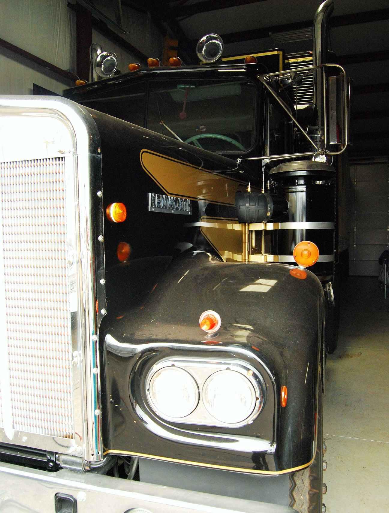 Classic former Burt Reynolds-owned W900B, across the pond