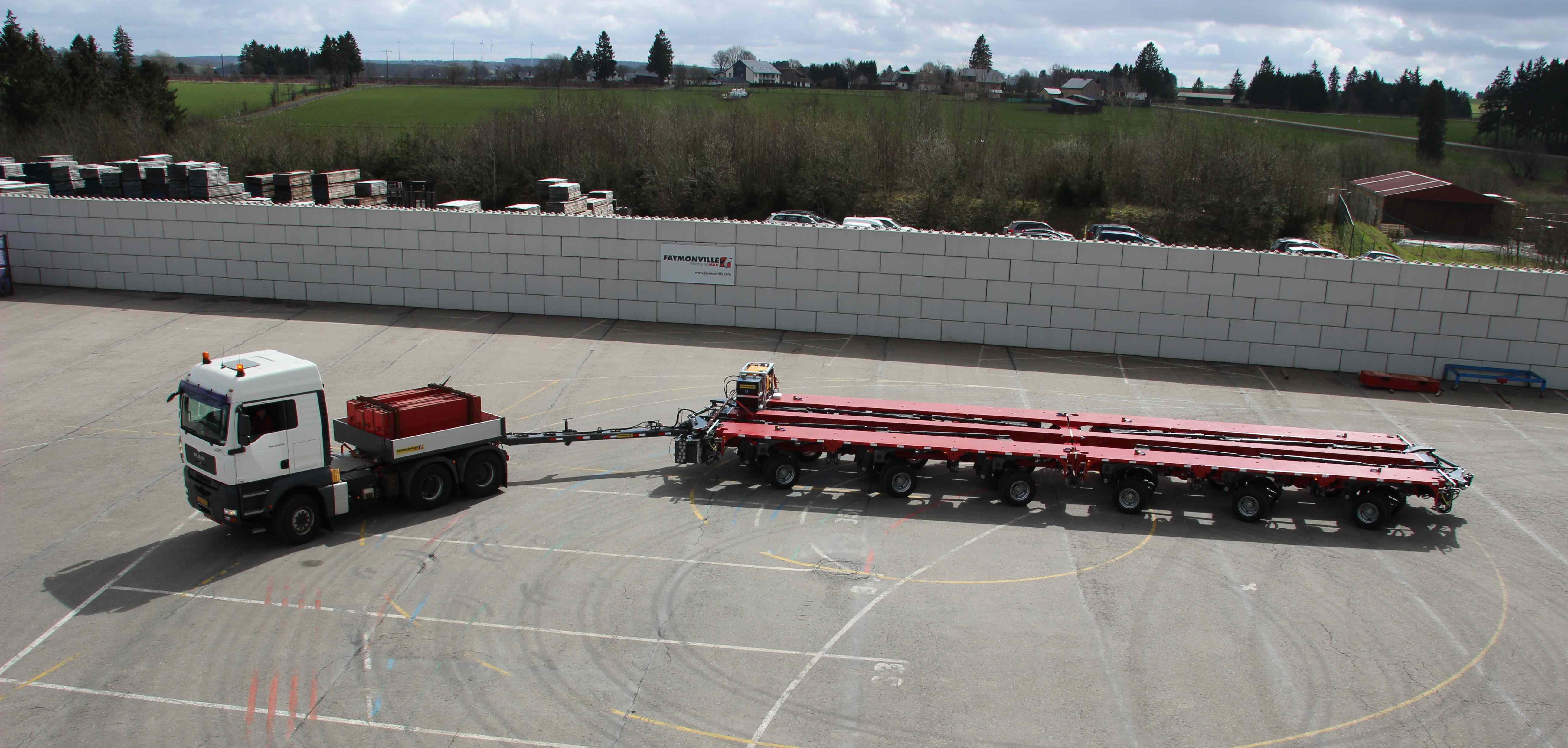 Width-adjustable heavy-haul trailer