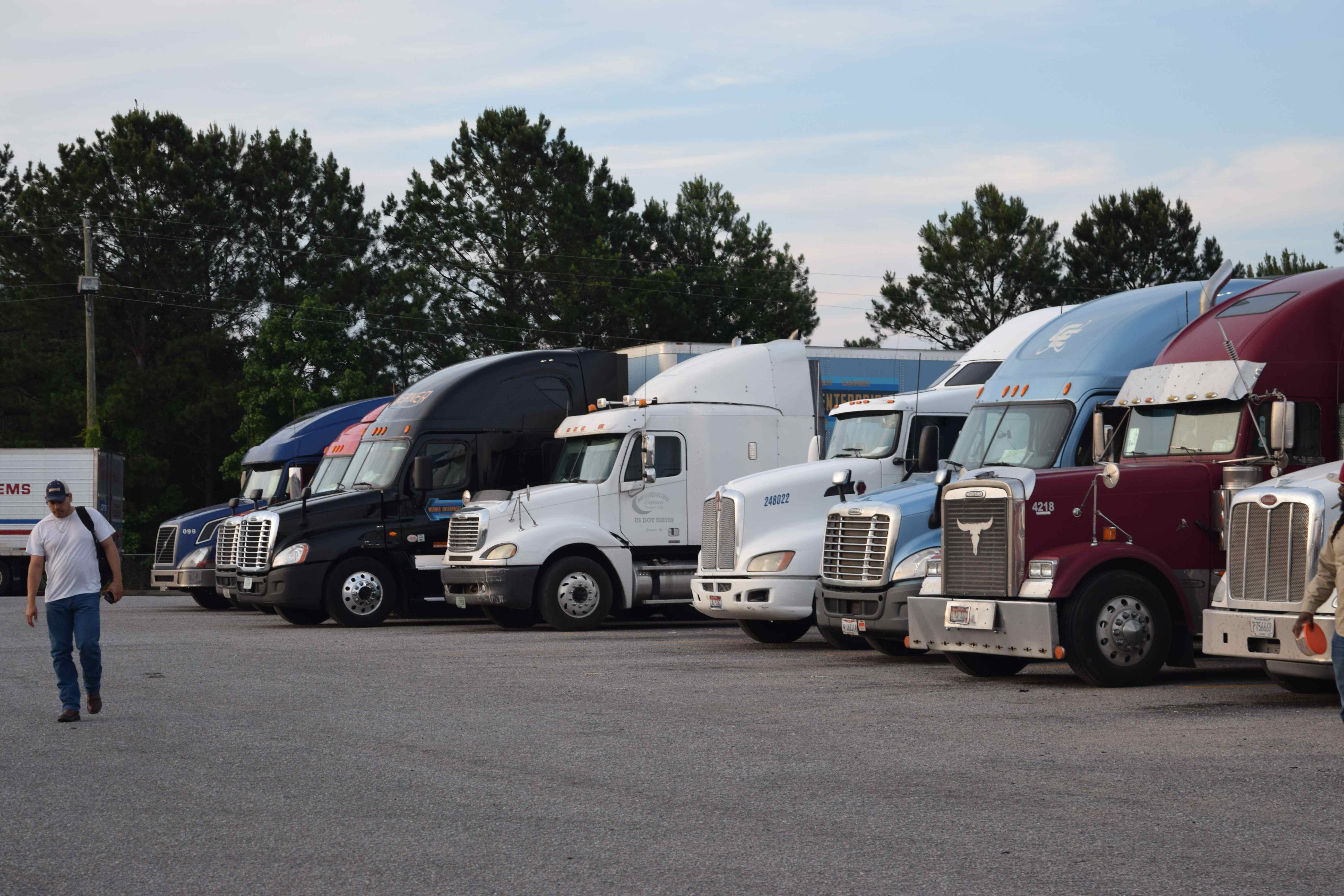 ATRI surveying truckers on parking in North Carolina