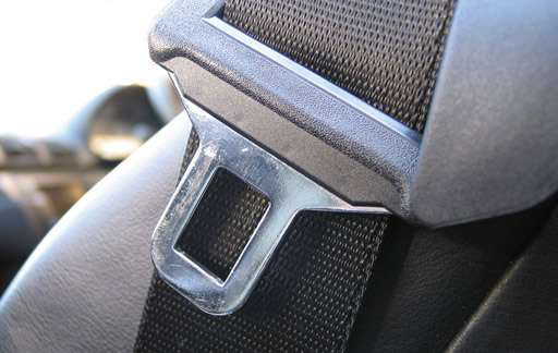 DOT issues rule to require truck passengers to wear seat belts, hold truckers accountable
